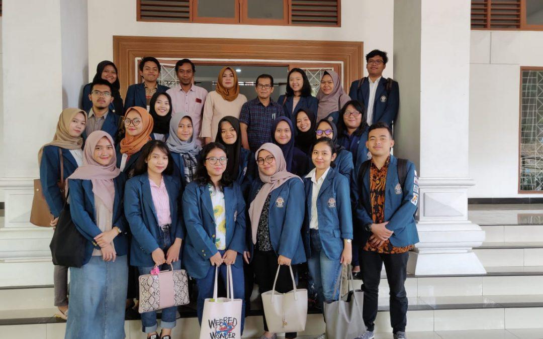 Bagian Sistem Informasi Terima Kunjungan Mahasiswa Administrasi Publik